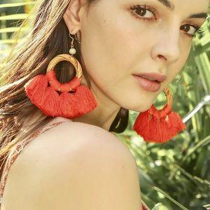 Summer look 🍍tassel x rattan woven earrings